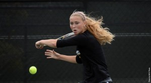 Sofia Holmberg defeated Arizona in her doubles match with Thyra Taune. (Photo courtesy of Dons Athletics)