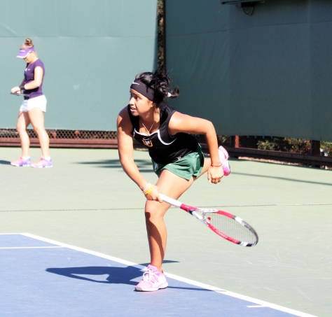 Andrea Ka earned a singles victory with a two set win over Layla Sanders.