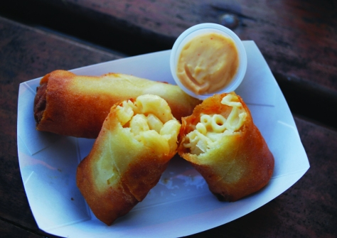Mac N' Cheese Spring Rolls appetizer fried to perfection from 3-Sum Eats.